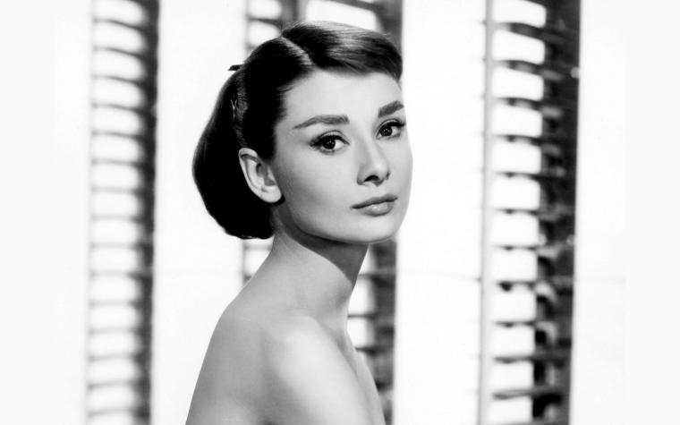 Audrey Hepburn Wallpaper 8419