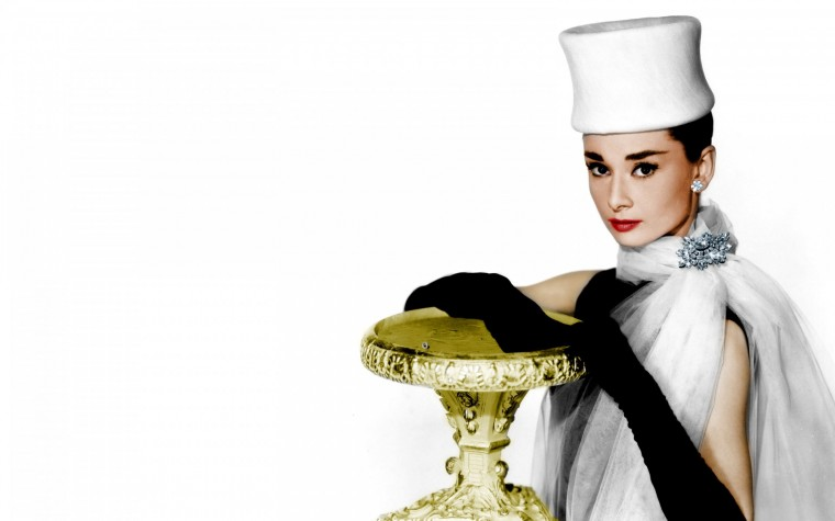 Wallpaper Audrey Hepburn Wallpaper