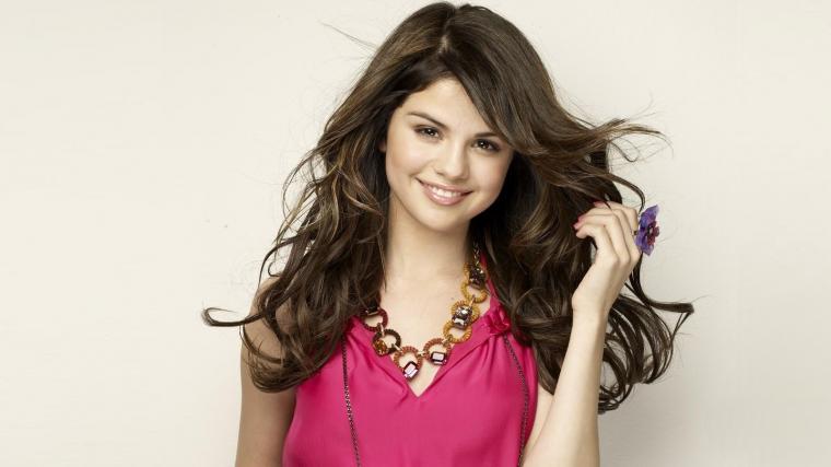 Selena Gomez Beautiful HD Wallpapers 2015