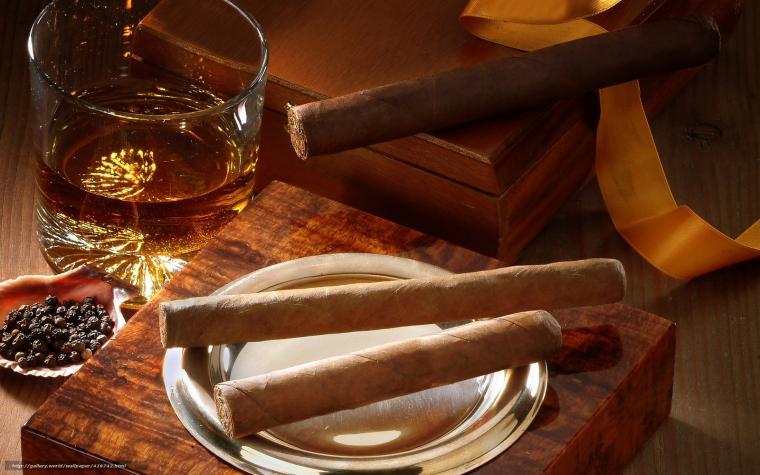 Download wallpaper Cigars box whiskey glass desktop wallpaper