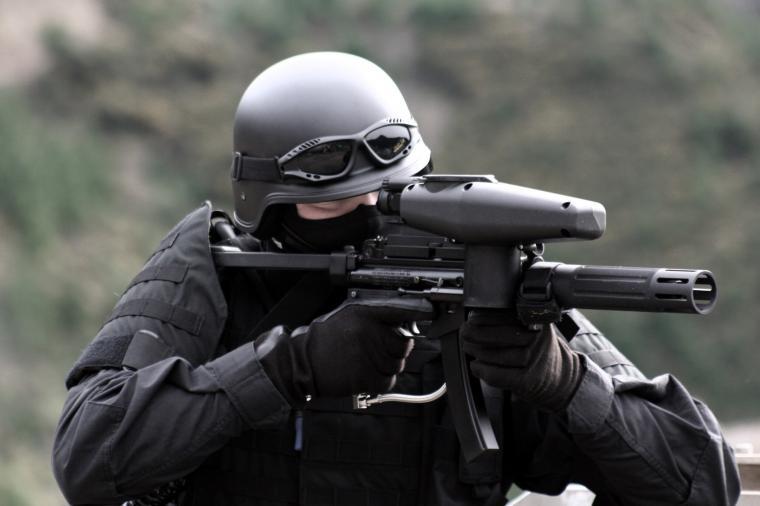 SWAT TEAM police crime emergency weapon gun wallpaper background