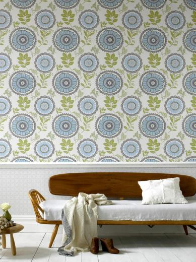 delicate floral wallpaper this charming wallpaper with its delicate