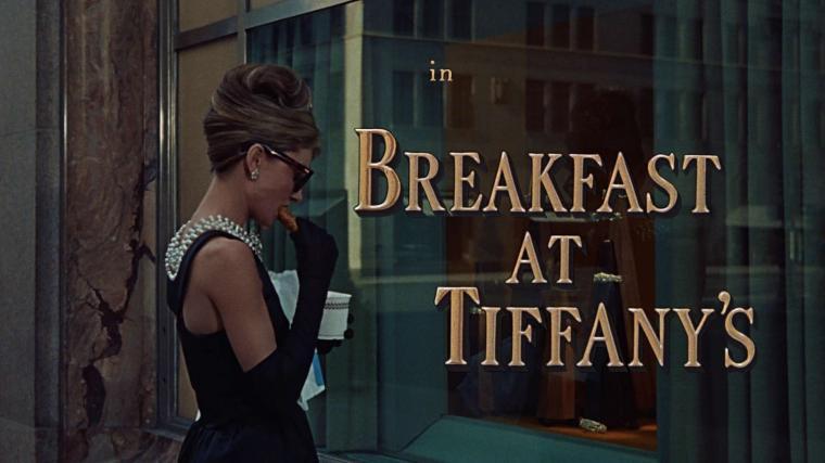 Breakfast At Tiffanys Holly Golightly Audrey Hepburn Desktop Wallpaper