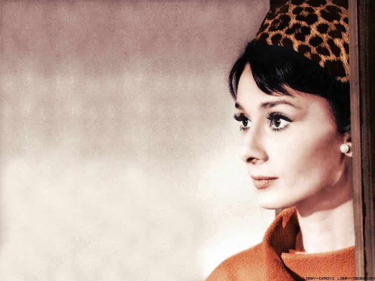 Audrey Hepburn Wallpapers 800 x 600