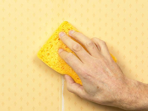 How to Fix Common Wallpapering Problems how tos DIY