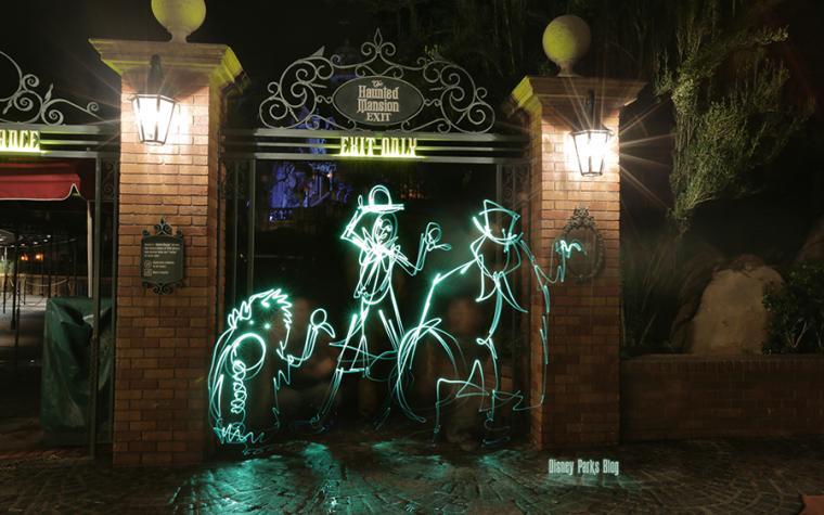 Disney Parks Blog Light Painting Wallpaper Disney Parks Blog