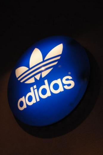 Adidas Classic iPhone Wallpaper HD