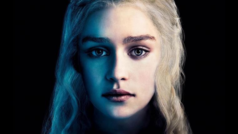 DAENERYS TARGARYEN Emilia Clarke Hottest Game of Thrones