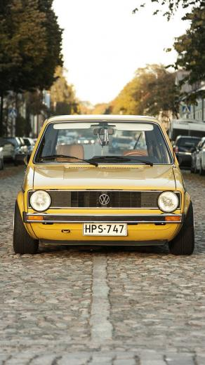 Download wallpaper 938x1668 volkswagen golf mk1 yellow front