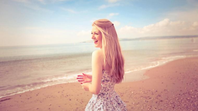 Beach Girl Cool Pictures HD Wallpaper HDwallpaper2013com links