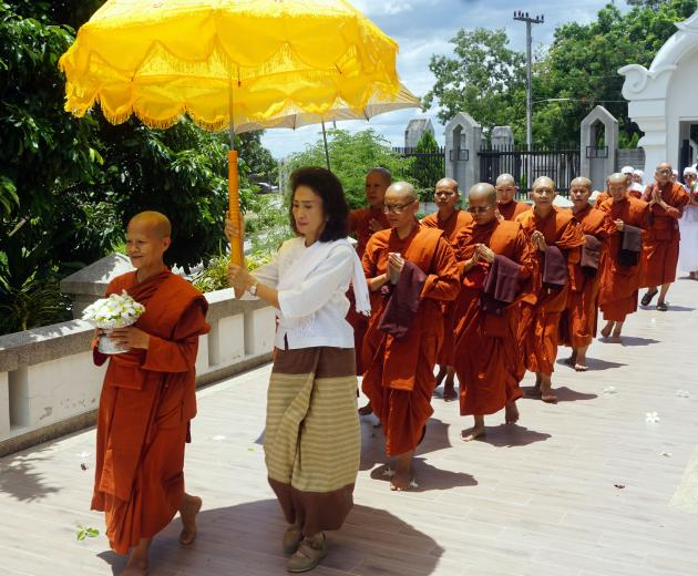 Thailands Buddhist nuns fight for equality   Nikkei Asian Review