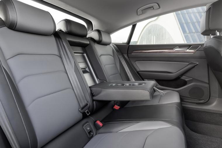 Volkswagen Arteon Shooting Brake Confirmed Could Get V6 Engine
