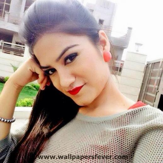 Punjabi Singer Kaur B Wallpapers And Images In HD Wallpapers Fever