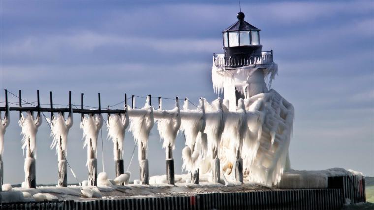 Winter Lighthouse wallpaper   755485