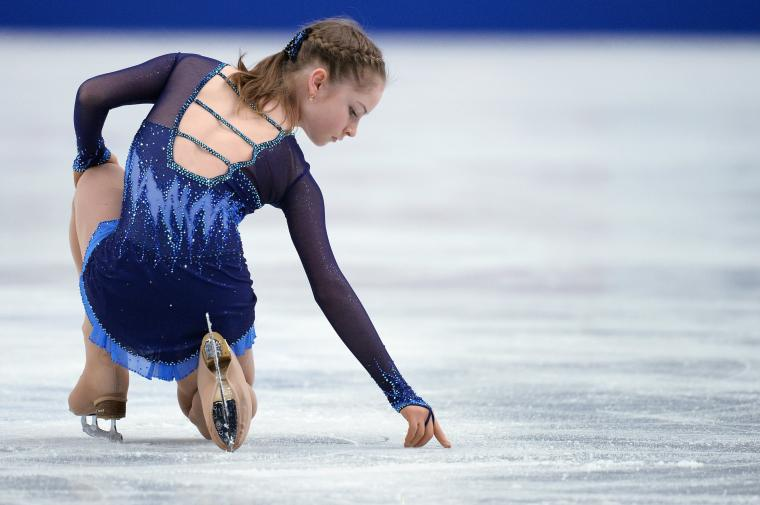 Wallpaper Julia Lipnitskaya figure skating ice skater