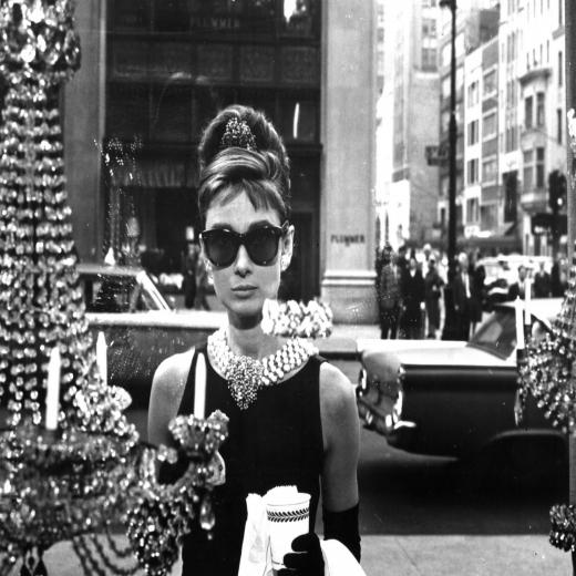 Audrey Hepburn iPad Wallpaper Breakfast At Tiffanys Wallpapers