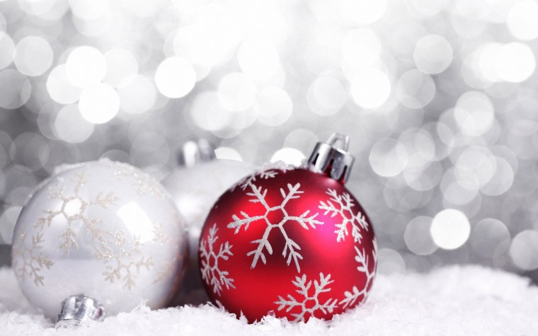 Red Christmas decorations   Christmas Wallpaper 22228026