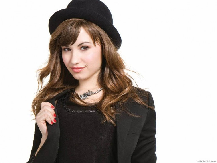 Demi Lovato High quality wallpaper size 1024x768 of Demi Lovato