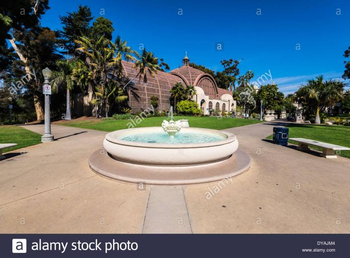 Fountain with the Botanical Building in the background Balboa