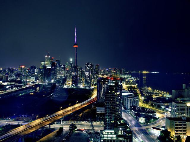 TorontoCanadaNightCityTower