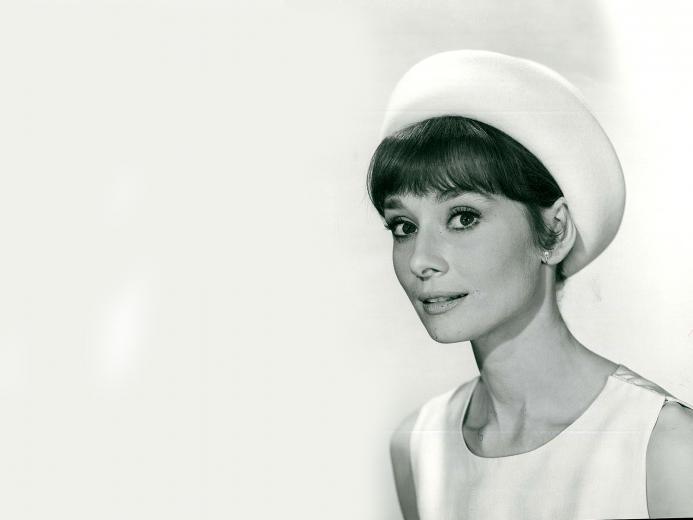 Audrey Hepburn Wallpapers 2560x1920