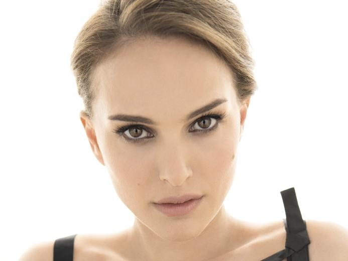 Natalie Portman HD Wallpaper iOS Mode