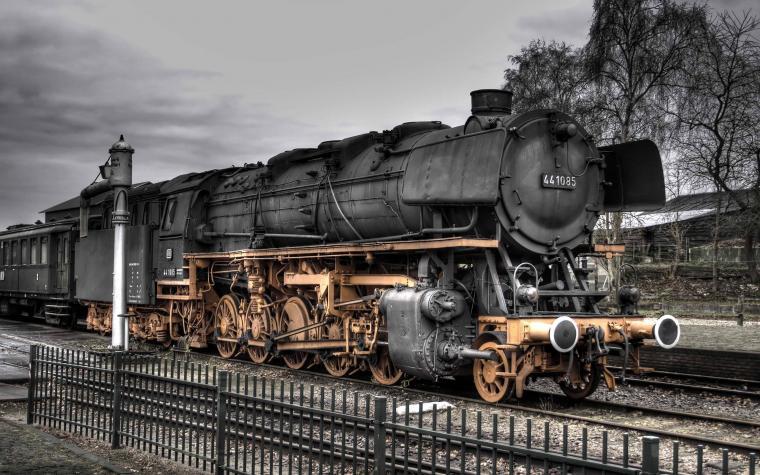 Steam Locomotive Wallpaper Space Elephant