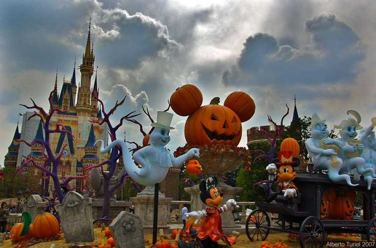 HD Wallpapers Disney Halloween Wallpaper