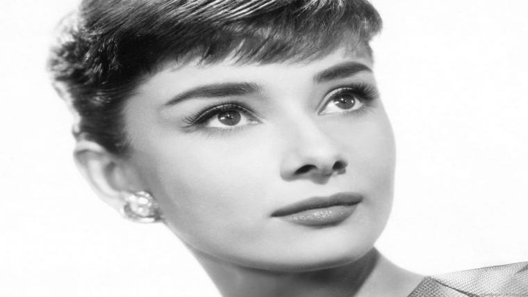 Audrey Hepburn Hd Wallpaper Photos Pictures Hdtv