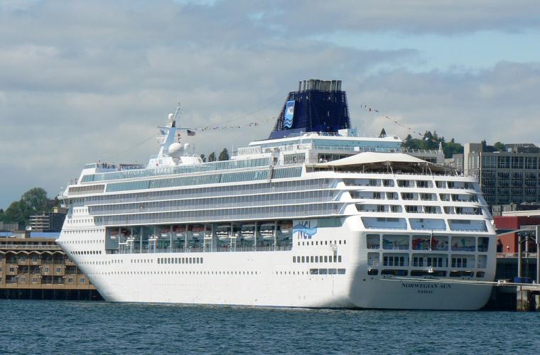FileSeattle Cruise Shipjpg   Wikipedia the encyclopedia