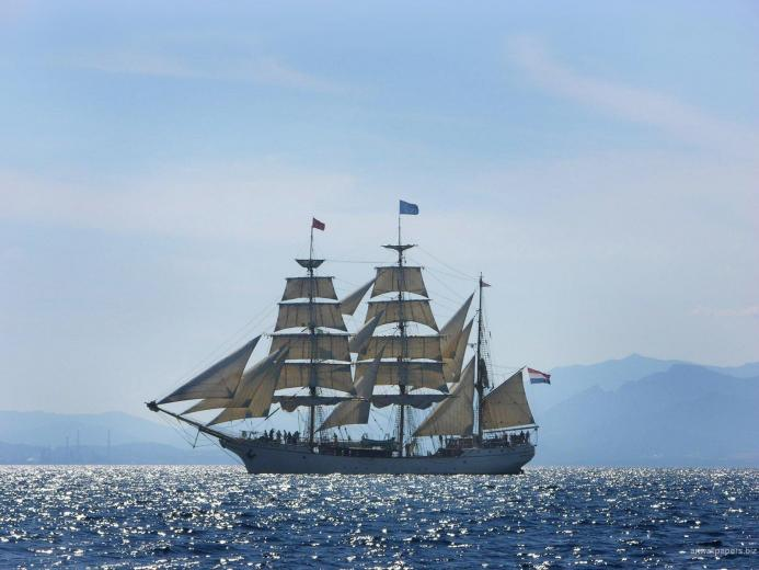 Wallpapers Ships Course Travel Ships Sailing Wallpaper Desktop