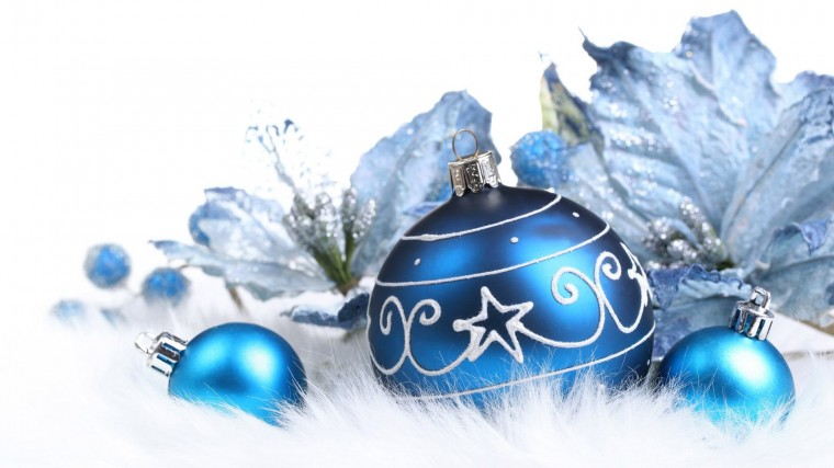 Christmas decorations wallpaper wallpaper Blue Christmas decorations