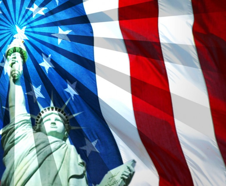United States of America USA Flag Wallpaper with Libertie Statue