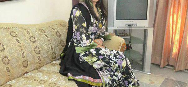 Desi Aunties Wallpapers 2013Pakistani Aunties WallpapersDesi