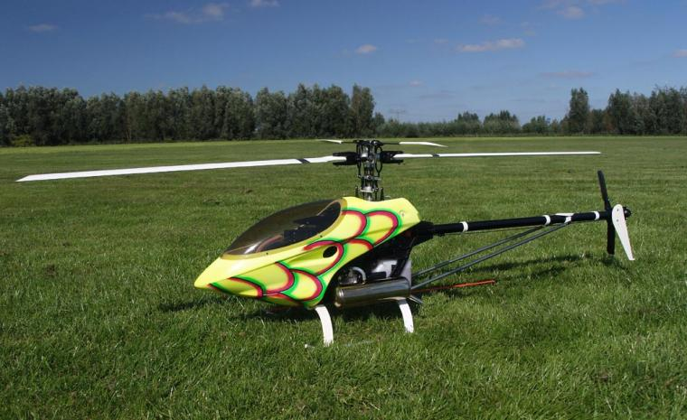 thunder tiger raptor radio controlled rc helicopter   wouter pasman