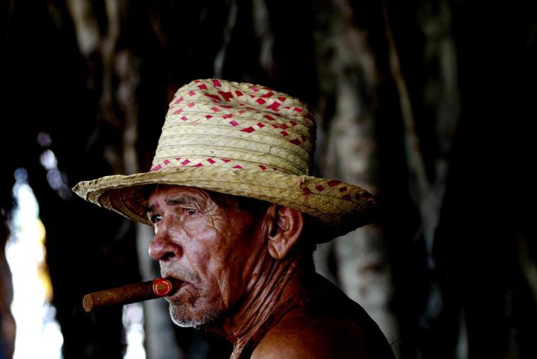 People Cuba Wallpaper 2464x1648 People Cuba Cigars