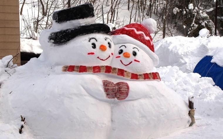 download 2048x1152 snowmen snow winter 2048x1152 Resolution