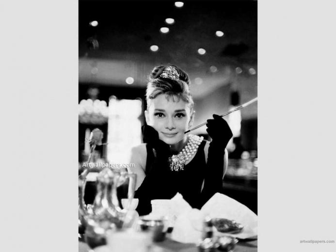 Breakfast At Tiffanys Photos Wallpapers Pictures Posters