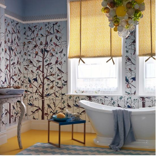 Quirky bathroom with bird themed wallpaper Easy bathroom