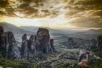 Holidays in Meteora Monastic eyries Discover Greece