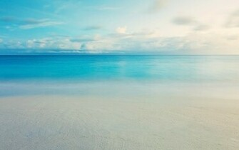 Calm blue ocean wallpaper 14485