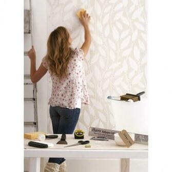 Consider wallpapering or wallpapering tips