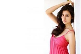 Disha Patani Hot HD Wallpapers And Biography   etc FN