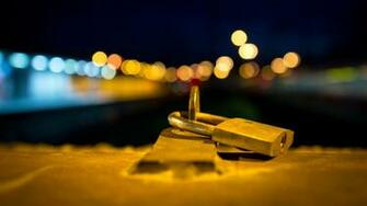 Padlock with Blurred City Lights HD Wallpaper 1080p HD Wallpapers