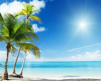 1280x1024 Tropical Beach desktop PC and Mac wallpaper