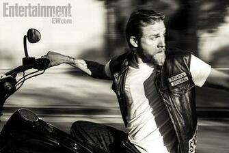 Charlie Hunnam   Entertainment Weekly Photoshoot   Sons Of Anarchy