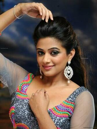 Priyamani HD Images Wallpapers 1080p   4260 priyamani