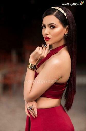 Sana Khan Photos   Bollywood Actress photos images gallery