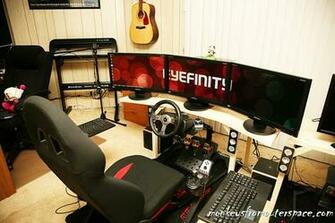 Triple Monitor Eyefinity Racing Simulator Setup Pictures