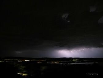 Thunderstorm 1600 pixel